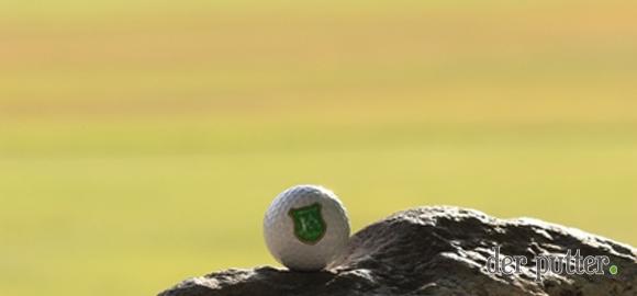 der-putter_fuchs_usa_death-valley_furnace-golf-course_gruen