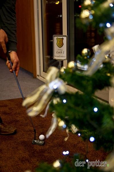 Weihnachtsbaum putten